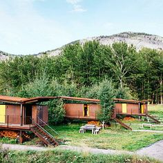 Rolling Huts Cabins, Washington