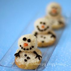 I spent some time yesterday playing around with a few appetizer recipes and had a blast making Mini Melting Snowman Cheese Balls. Snowman Cake, Snowman Crafts, Snowmen, Marshmellow Snowman, Homemade Tacos, Homemade Taco Seasoning, Cake Ingredients, Cool Stuff, Xmas