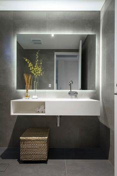 Big Bathroom Mirror Trend in Real Interiors