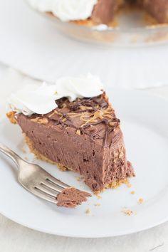 Dark Chocolate Peanut Butter Pie