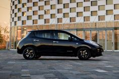 Cool Nissan 2017: Nissan LEAF adds sporty Black Edition - Car Keys Car News Check more at http://carboard.pro/Cars-Gallery/2017/nissan-2017-nissan-leaf-adds-sporty-black-edition-car-keys-car-news/