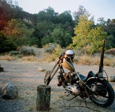 Ironhead chopper   dustdiablo:    Fire on the Mountain. Josh Kurpius's bike at sunrise in Oak Canyon Ranch.    2013. Photo Ⓒ Cassandra Jean Photography
