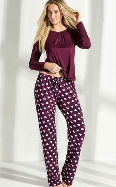 Sleepwear Women, Pajamas Women, Pyjamas, Pjs, Pajama Party Outfit, Night Suit For Women, Lingerie Bonita, Pajama Day, Stylish Girl Images