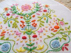 תוצאות חיפוש תמונות ב-Google עבור http://designworklife.com/wp-content/uploads/2009/07/carina_embroidery_01.jpg