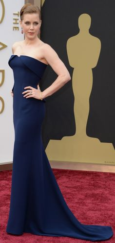 Amy Adams in a sleek blue Guicci Première gown on the Oscars red carpet. #AcademyAwards