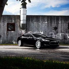 .@Steven Trotter Vossen | @Tesla Ashabranner-Savell Motors | Model S | #vossen #teamvossen #tesla | Webstagram - the best Instagram viewer