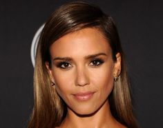"""Jessica Alba uses Magic Balm to """"buff out"""" the creases around her eyes"""