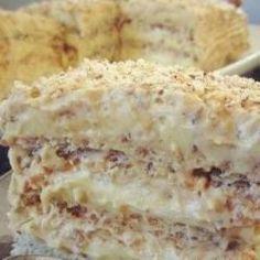 Тесто: На каждый корж : 3 белка 2.5 ст.л. сахара 1/2 ст.л. муки 50 гр. молотого ореха (грецкого или фундука). Всего таких три коржа,т.е.указанные ингредиенты берём по 3 раза и выпекаем каждый корж в отдельной форме. Крем: 10 желтков, 10 ст.л. сахара, 5 ст.л. муки, 2 пакетика ванильного сахара, 350 мл. молока, 170 гр. сливочного […]