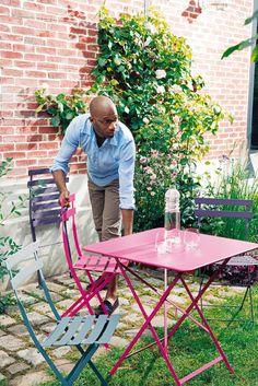 Mobilier FERMOB : Misez sur la couleur pour un #jardin pétillant !