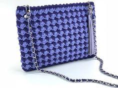 New knitting tutorial for beginners stitches 16 ideas Crochet Handbags, Crochet Purses, Knitting Stitches, Baby Knitting, Youtube Crochet, Crochet Tutorial, Knitting Quotes, Fringe Bags, Crochet Patterns For Beginners