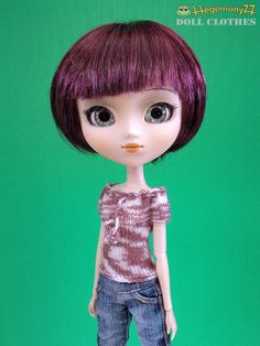 Hand knitted mauve smoke dream top for Pullip Blythe Momoko Barbie Dal 27 cm Obitsu size dolls. Adorable<3