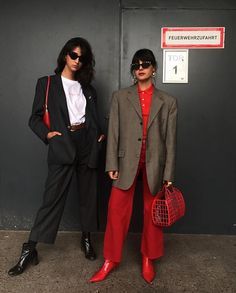 Fashion designer Co-founder @lesfleurs_vintage maria@thekbarcelona.com Madrid