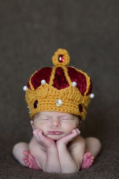 ETSY - Crown Hat, Newborn King Crown Hat, Designer Custom Photo Props - If we have a boy, Im SOOO getting this!!
