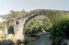 roman bridge in covadonga, spain
