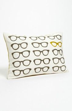 Cute! Spectacles pillow