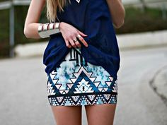 darling. love the pattern! gotta be a skinny chick to pull it off though for suree!
