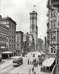 "New York circa 1905. ""Broadway and Times Building (1 Times Square.)"