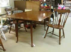 Bucks County Antique Gallery Inc. Vintage Cherry Dinning Table and Chairs #dinning #cherry #furniture #chalfont #shopsmall #buckscountyantiquegallery #buckscounty #decor #design #antiquestore #vintage
