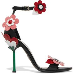 Prada Floral-appliquéd patent-leather sandals (7.650.325 IDR) ❤ liked on Polyvore featuring shoes, sandals, heels, high heels, strappy heeled sandals, high heeled footwear, strappy high heel sandals, patent leather sandals and heeled sandals