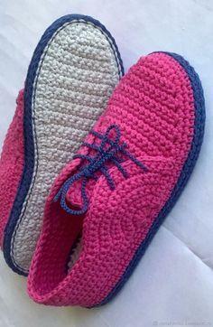 GÉNIE by nonakynitsa (nonakynitsa). Фуксия, sophie and me - Crochet Sandals, Crochet Boots, Crochet Baby Booties, Crochet Clothes, Crochet Slipper Pattern, Crochet Patterns, Diy Crafts Crochet, Knit Shoes, Shoe Pattern