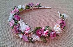 Diadema Flores Rosas y Marfil – Flores en el Pelo
