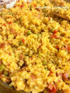 Recetas y sonrisas: ARROZ A LA MILANESA ESPAÑOLA Arroz a la Milanesa a la española. El arroz a la Milanesa es italiano y esta receta es una modificación de la receta posterior que se hizo en España. Receta paso a paso http://recetasysonrisas.blogspot.com.es/2017/05/arroz-la-milanesa-espanola.html #arrozalamilanesa #arroz #receta #paella #jamon #pimiento #azafrán #recetasana
