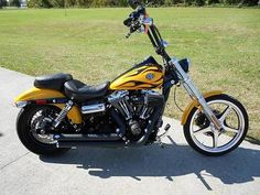 2011 FXDWG Dyna Wide Glide - 4,051 miles - $12,500 - Hanover, PA