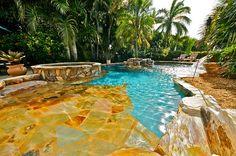 Starmark Luxury Vacation Homes http://www.helpusell-properties.com