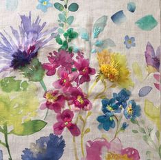 Blue Bell Grey , embroidery on watercolor fabric Watercolor Fabric, Fabric Painting, Fabric Art, Floral Watercolor, Watercolor Paintings, Natural Dye Fabric, Creative Workshop, Nature Crafts, How To Dye Fabric