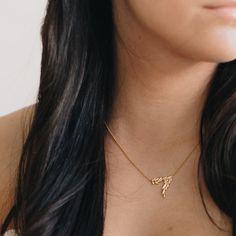 GWS x Mejuri delicate fine jewelry Olive Leaf Necklace #GWSXMejuri