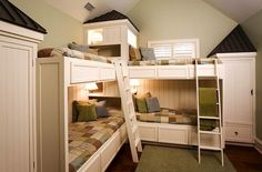 Kids Corner Bunk Beds Design, Pictures, Remodel, Decor and Ideas - page 30 Corner Bunk Beds, Bunk Beds Small Room, Bunk Beds Boys, Bunk Beds Built In, Bunk Bed Plans, Bunk Rooms, Bunk Beds With Stairs, Cool Bunk Beds, Kid Beds