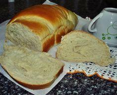 Pão caseiro família deixa qualquer café da manhã especial Emoticon wink O que acha de fazer para o seu? É tão bom, nem pense muito… SÓ FAÇA: No Salt Recipes, Vegan Recipes Easy, Bread Recipes, Sweet Recipes, Cake Recipes, Pan Dulce, Sweet Bread, Love Food, Bakery