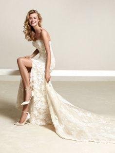 Vestido de noiva grande saia e renda