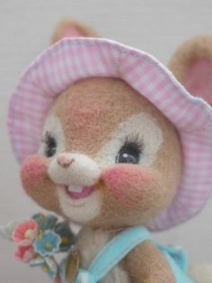 Needle Felted Bunny - happy face
