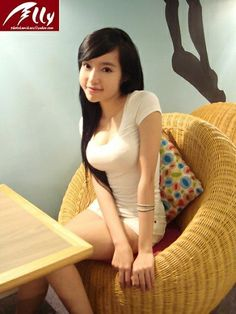 Elly Tran Ha,vietnamese.