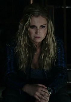 Eliza Taylor as Clarke Griffin - The 100 Clarke E Lexa, Clarke The 100, Bellamy The 100, Clark Griffin, Eliza Jane Taylor, Iphone Wallpaper Landscape, Bae, Goodbye For Now, Fictional World