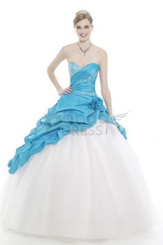 Enjoyed in a timeless strapless and backless style, this blue-white ball gown presents sweetheart neckline and a fitting bodice dotted with sparkling sequins. And the upper skirt is pleated charmingly. At last, the white tulle skirt cascades down wonderfully.