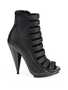 9df776a0bd9f Gucci Leather Strappy Ankle Boots in Black - Lyst