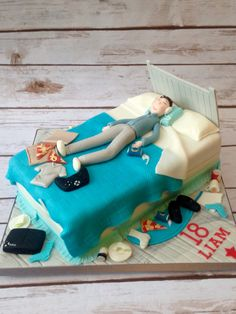 Boys messy bed cake