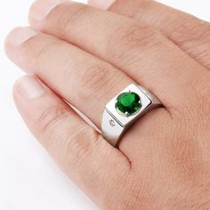 925 K Sterling Silver Men's Ring with 4 ct Emerald and 0.02 ct Diamonds