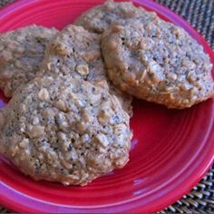 Healthy Pnut butter/Oatmeal cookies - they even have chia seeds!