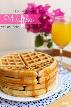 La mejor receta de waffles belgas  que he probado!!, además, hay secretos y tips en el post para tener los waffles mas ligeros y crujientes que hayan!, es del blog www.annaspasteleria.com - Best belgian waffles recipe ever!! Breakfast Recipes, Dessert Recipes, Crepes And Waffles, Good Food, Yummy Food, Waffle Recipes, Galette, Wine Recipes, Sweet Recipes