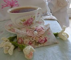 Teacup and Roses