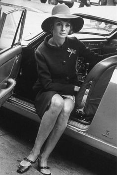 Jean Shrimpton: sportscar, airport, hat and suit with dragonfly brooch. Pinned January 2014.