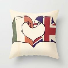 One Direction. The only Irish boy in one direction if my fab btw its niall all the other ones are british One Direction Fan Art, One Direction Drawings, One Direction Preferences, Direction Quotes, Heart Art, Love Heart, Desenhos One Direction, Heart Pillow, 1d And 5sos