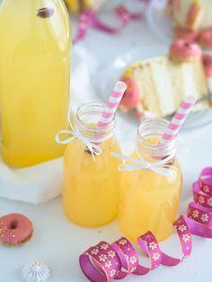 Vastustamaton Passionsima   Annin Uunissa May Celebrations, Donut Holes, Smoothies, Honey, Treats, Baking, Drinks, Sweet, Desserts