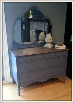 Old Violet Dresser