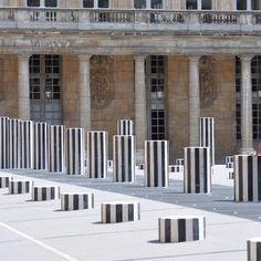 Buren colons in palais royal -paris