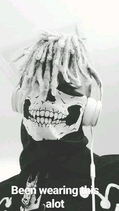 xxxtentacion    MAKE OUT HILL >> X (Jahse D. Onfroy) my Instagram: (@Laahofc)