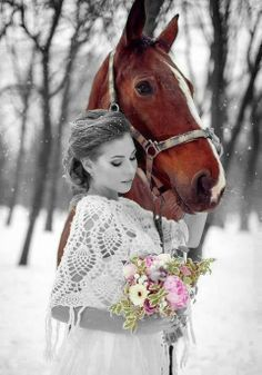Beautiful colorful pictures and Gifs: I Love Horses. Splash Photography, Horse Photography, Black And White Photography, Color Photography, Color Splash, Color Pop, Tierischer Humor, Winter Horse, Winter Fairy